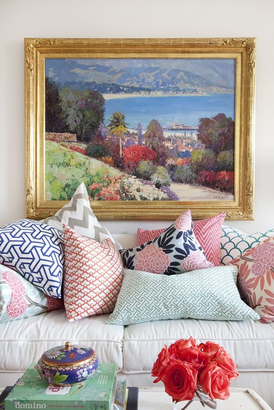 how to mix patterns, mix patterns, mix patterns decor, how to choose pillows for couch, how to add pattern, how to layer patterns, mixing prints, mixing patterns, mixing patterns decor, what patterns go with floral, how to mix fabric patterns in a room, how to mix patterns for throw pillows how to decorate living room