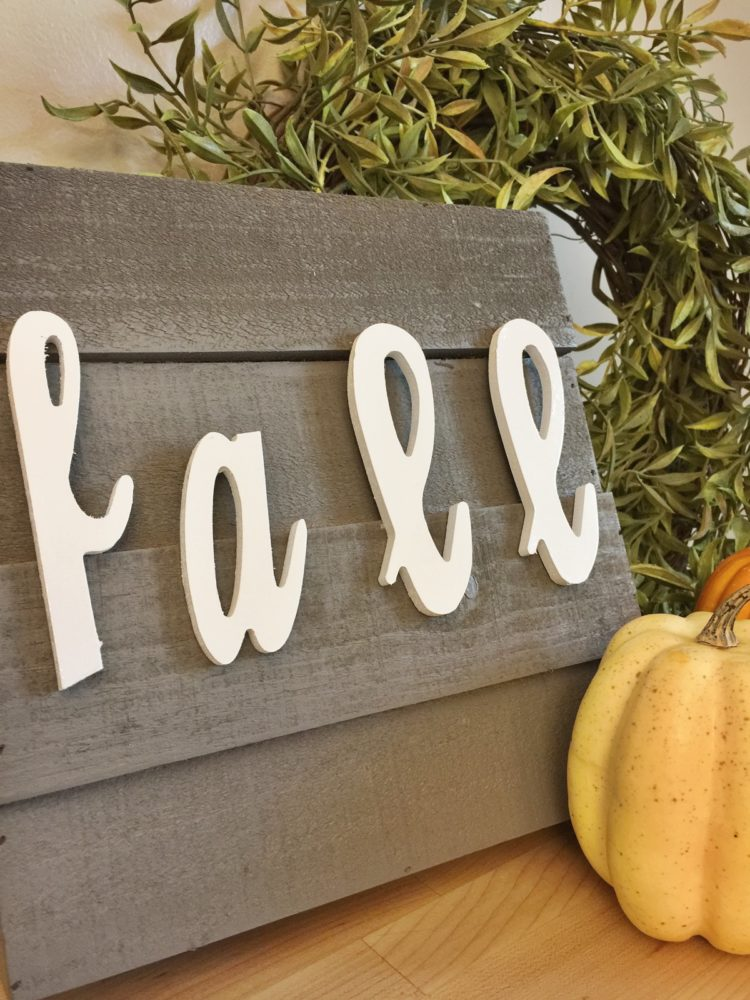 This fall farmhouse DIY decor idea is an easy fall craft that will bring the season right into your home.