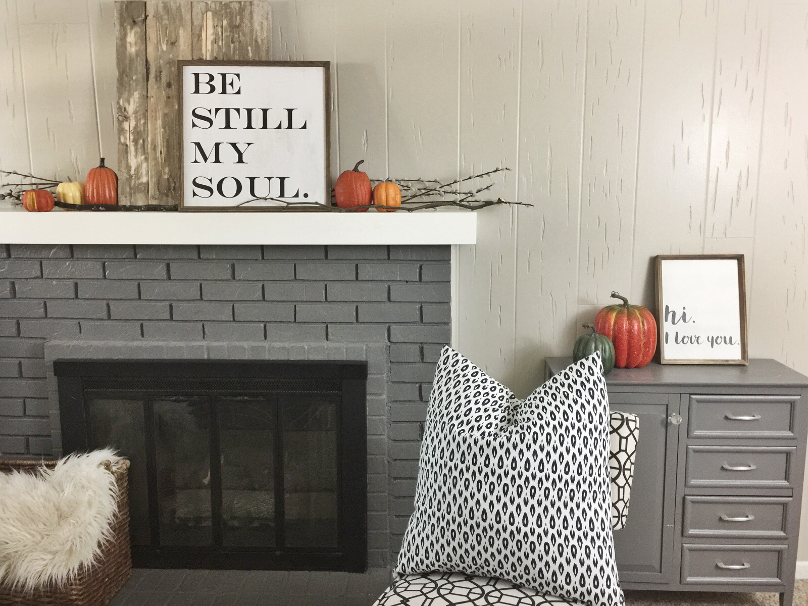 Discover How To Create A Simple Fall Farmhouse Mantel If You Ve Been Thinking