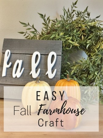 Looking for an easy (+ cute) fall craft? This fall farmhouse DIY decor idea is your answer! Perfect for inside or outdoors! Check out the pictures!