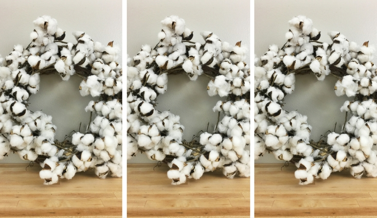 Brilliant HACK for creating a beautiful DIY cotton wreath. This easy tutorial will reveal the secret and fast way to create a beautiful cotton wreath you'll love as part of your decor!